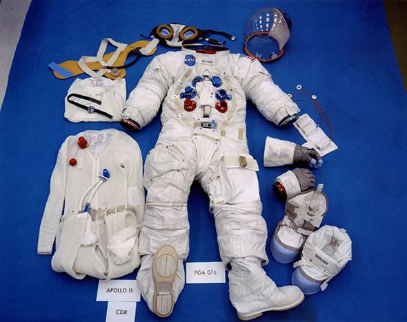 アポロ11号でアームストロング船長が使用した宇宙服。