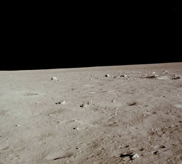 アポロ11号のときに撮影された月面写真