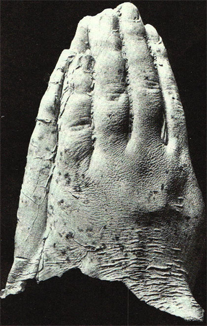 Kluski's moulds of spirit hands